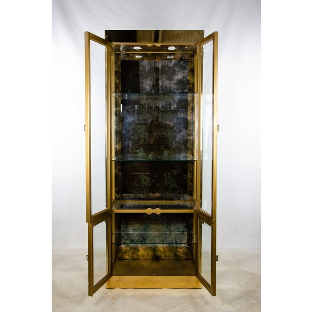 Bernhard Rohne 1960s Mastercraft Brass and Glass Lighted Display Cabinet For Sale - Image 4 of 13