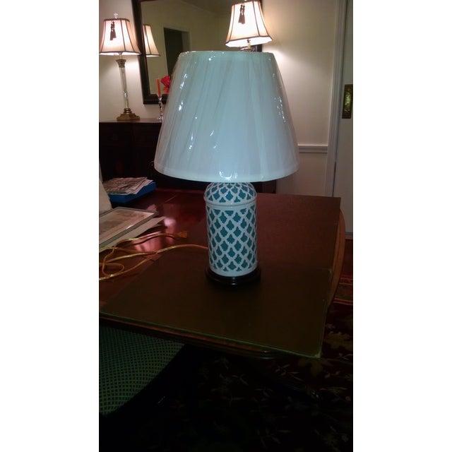 Aqua & White Ceramic Table Lamp - Image 3 of 7