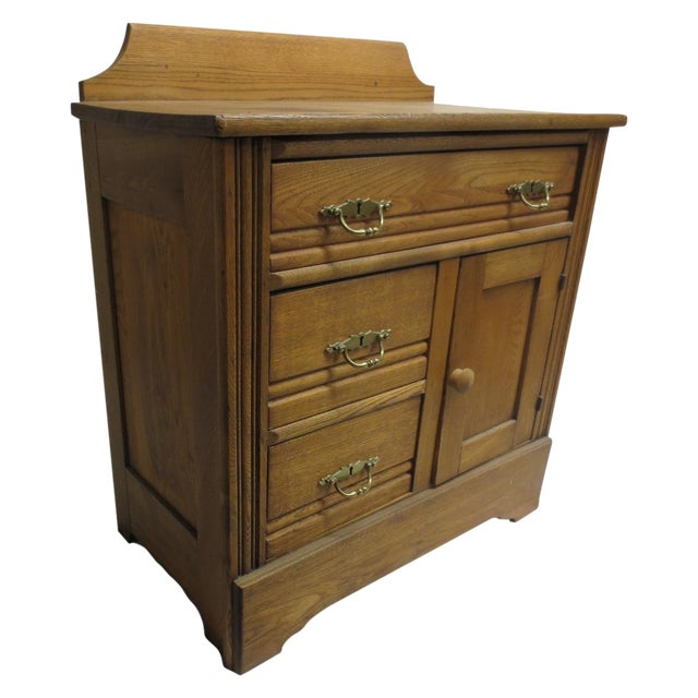 Oak Commode Cabinet - Image 1 of 8