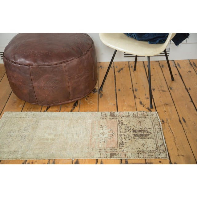 Islamic Vintage Ivory and Peach Oushak Rug For Sale - Image 3 of 6
