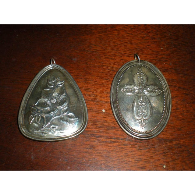 Towle Silversmiths Vintage Towle Sterling Medallions - a Pair For Sale - Image 4 of 6
