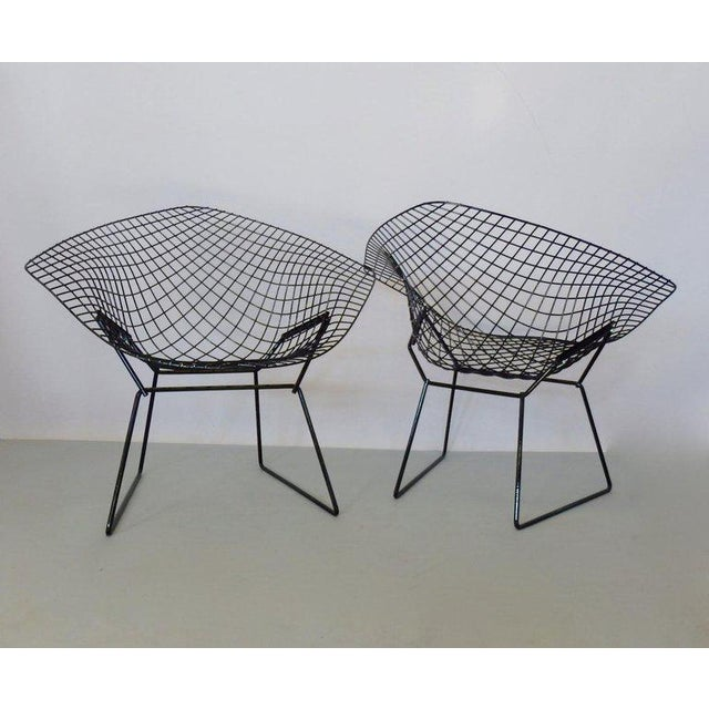 Contemporary Harry Bertoia for Knoll Gloss Black Diamond Chairs - a Pair For Sale - Image 3 of 4
