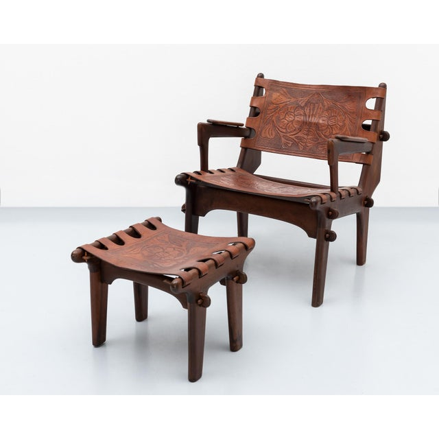 Lounge Chair and Ottoman Set by Angel Pazmino in Rosewood and Tooled Leather, Ecuador, 1960s For Sale - Image 10 of 10