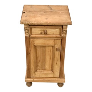 1990s Country Decorative Pine Wood Nightstand For Sale