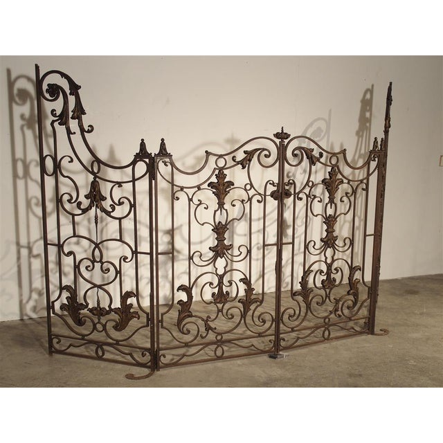 Circa 1800 French Wrought Iron 4 Section Gate - A Pair For Sale In Dallas - Image 6 of 12