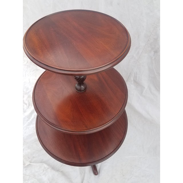Queen Anne 1990s Hickory Chair Co. 3 Tiered Mahogany Dumbwaiter/Butler Table Stand For Sale - Image 3 of 11