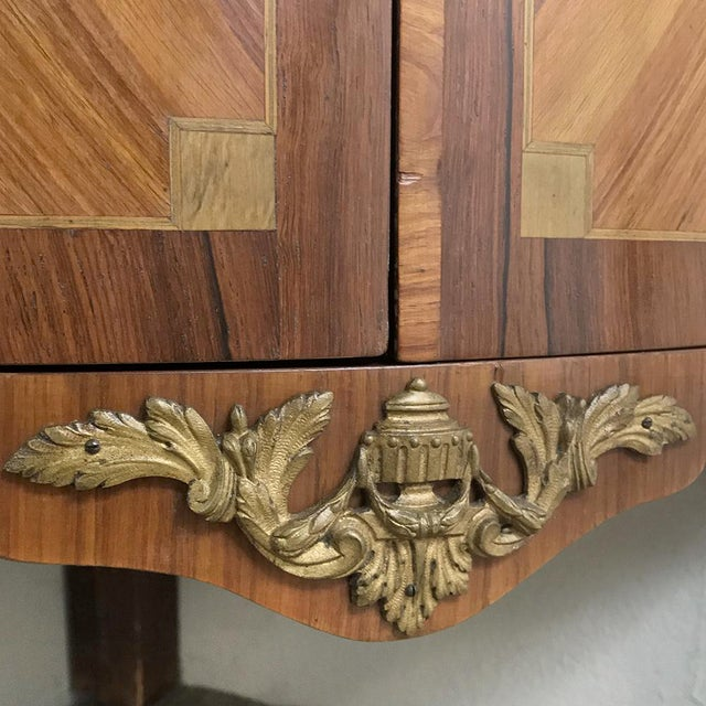 19th Century French Louis XVI Marquetry Marble Top Corner Cabinet For Sale - Image 10 of 13