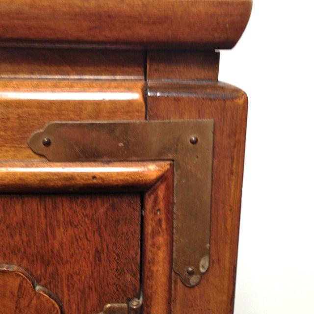 Thomasville Burled Asian Style Cabinet - Image 5 of 8