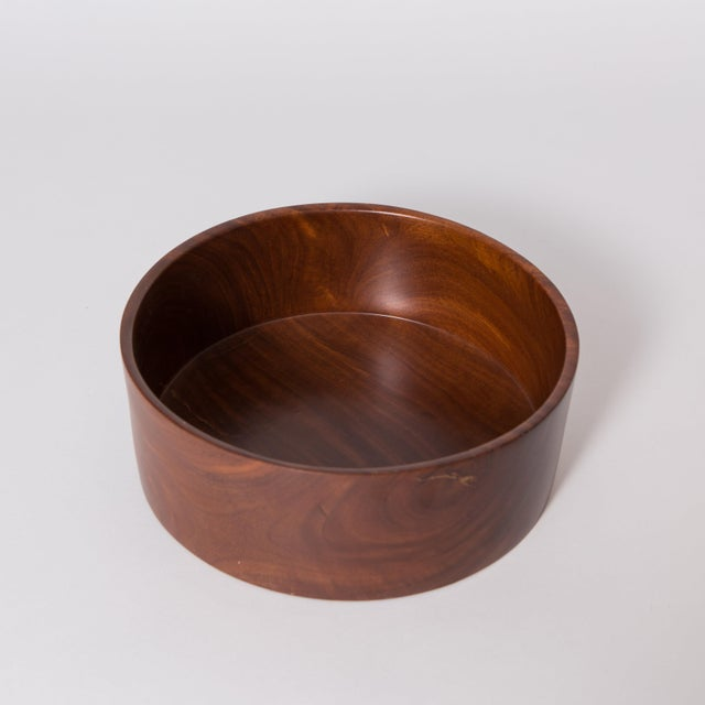 Brown Hand Carved Corteza Lingnum Vitae Cylindrical Bowl For Sale - Image 8 of 9