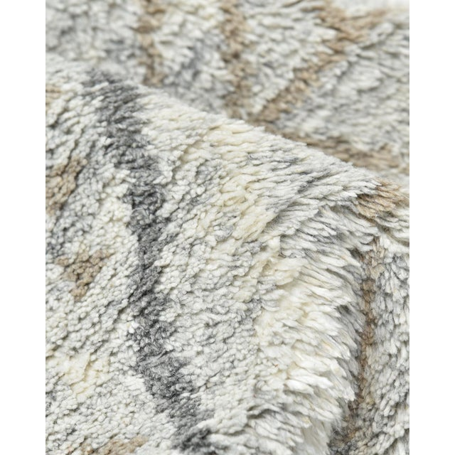 Textile Clover Handmade Area Rug - 8 X 10 For Sale - Image 7 of 9