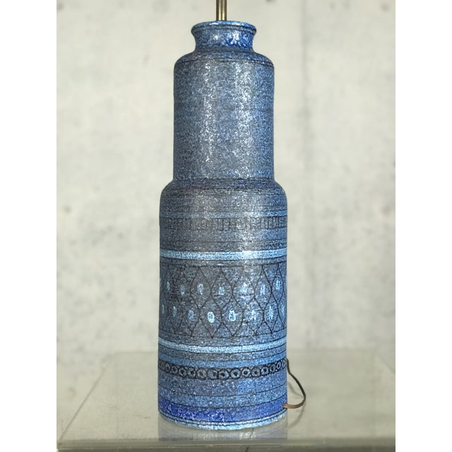 Monumental 1960's Italian Ceramic Table Lamp by Bitossi for Raymor For Sale - Image 9 of 12
