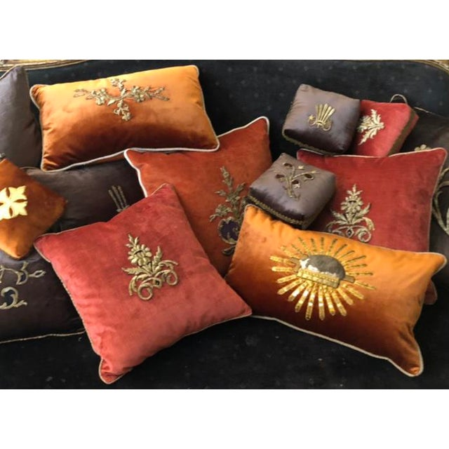Early 19th Century Dark Grey Velvet Pillows - a Pair For Sale - Image 12 of 13