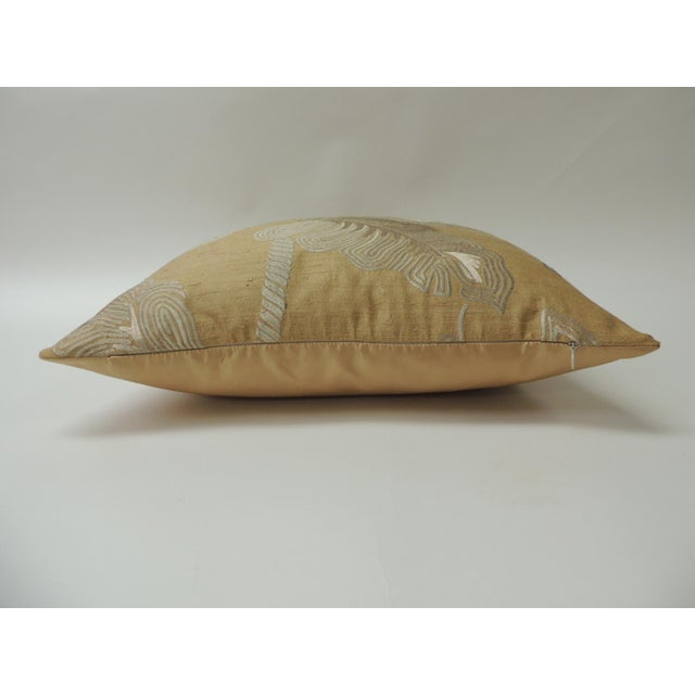 """Art Deco Pair of Golden Silk Embroidery """"Royal Palm"""" Silk Decorative Pillows For Sale - Image 3 of 7"""