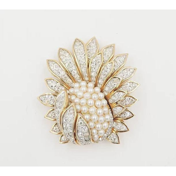 Mid-Century Modern 1960s Jomaz Pavé Rhinestone Faux-Pearl Pin For Sale - Image 3 of 9