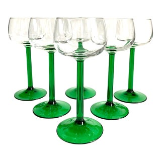 1970s French Emerald Green Stemmed Apertif / Wine Glasses - Set of 6 For Sale