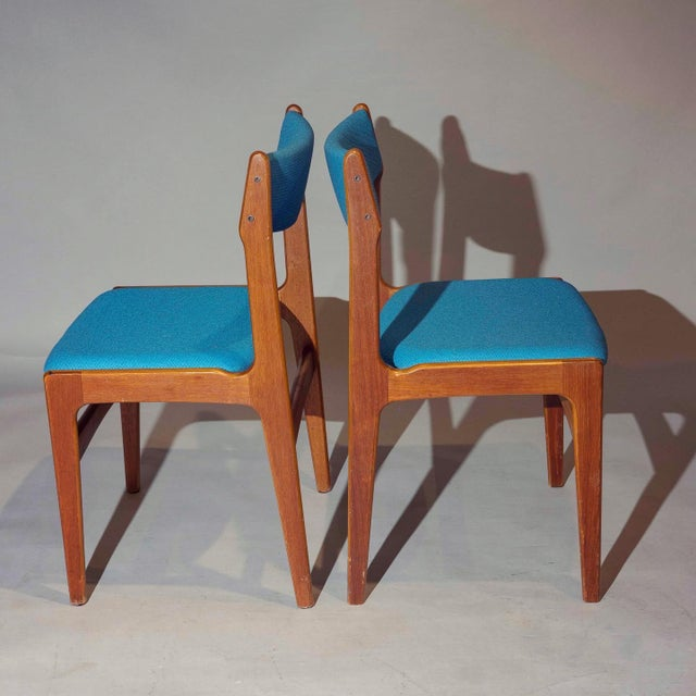 Mid-Century Modern Vintage Mid-Century Curated Teak Dining Chairs - Set of 4 For Sale - Image 3 of 5