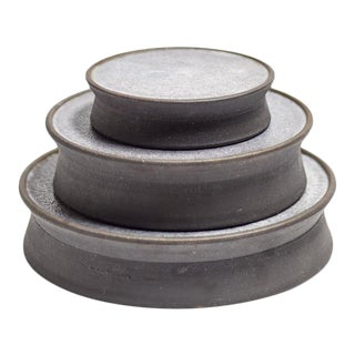 Featured in The 2020 San Francisco Decorator Showcase — Eric Vander Molen Minimal Charcoal Gray Ceramic Dishes - Set of 3 For Sale