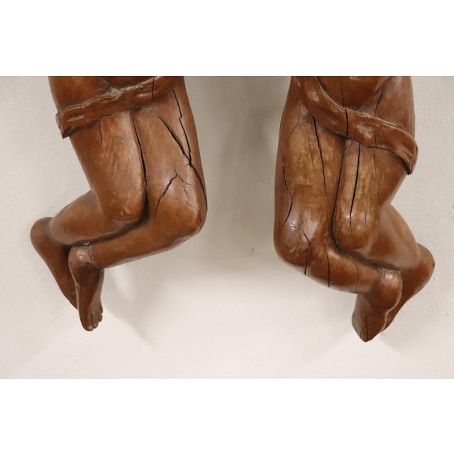 17th Century 17th Century Italian Sculpture Pair of Carved Wooden Cherubs For Sale - Image 5 of 12