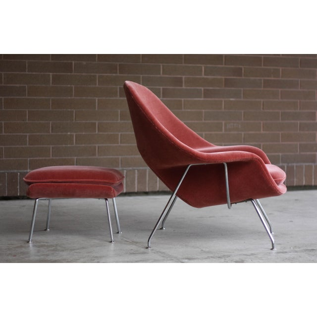 1990s Vintage Eero Saarinen for Knoll Mohair Womb Chair and Ottoman For Sale In Seattle - Image 6 of 8