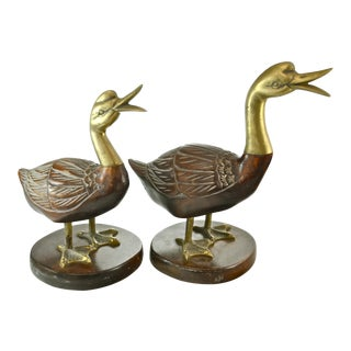 Fredrick Cooper Geese Figurines - A Pair For Sale