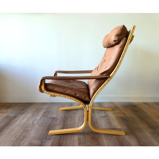 Designed by Ingmar Relling for Westnofa, this Siesta Chair was most likely made around 1970. Supple leather with age-...