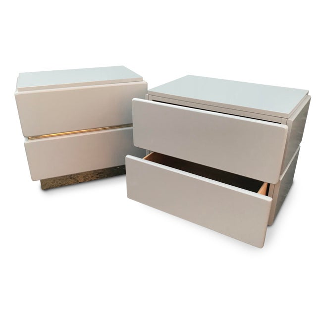 Contemporary Vintage Lane Brass and Lacquered Nightstands-A Pair For Sale - Image 3 of 12