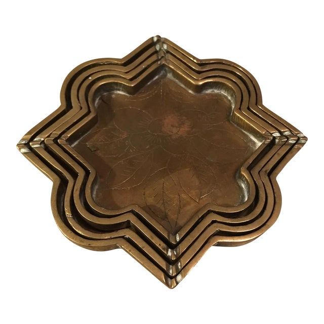 Small Brass Decorative Etched Nesting Trays - Set of 4 For Sale
