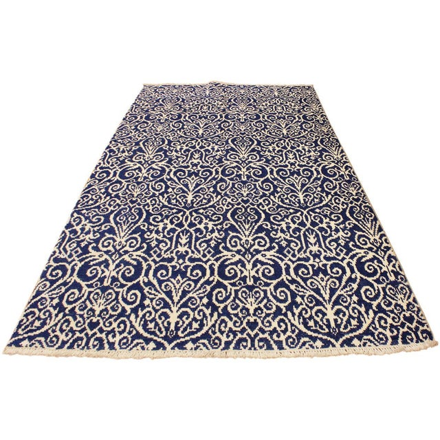 Abstract Cryena Modern Tiffiny Blue/Ivory Wool Rug - 5'2 X 7'2 For Sale - Image 3 of 8