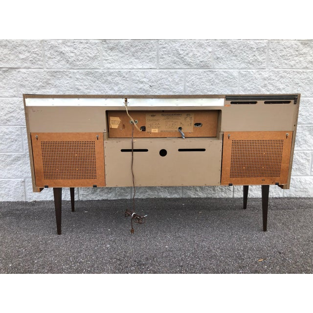 Mid Century Fully Restored Ks650u Grundig Record Credenza For Sale - Image 12 of 13