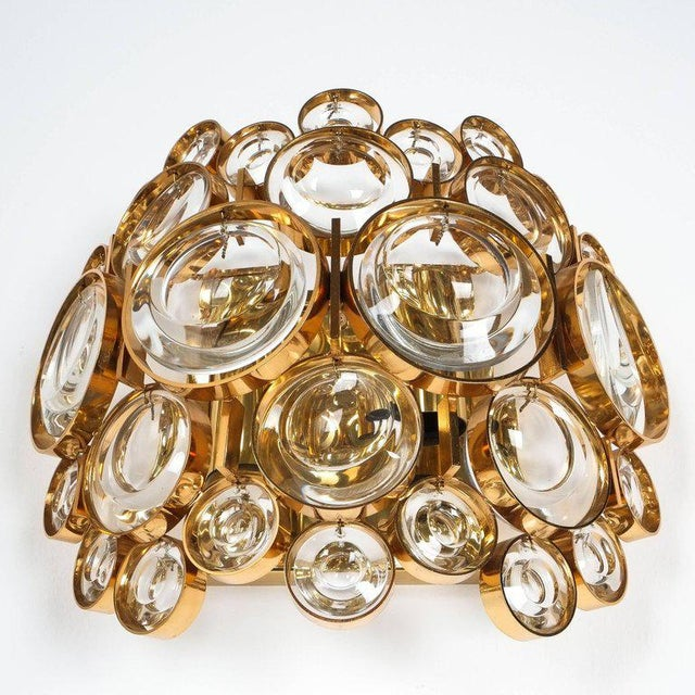 Hollywood Regency Pair of Gold-Plated Brass and Crystal Glass Wall Lamps Sconces by Palwa, 1960 For Sale - Image 3 of 8