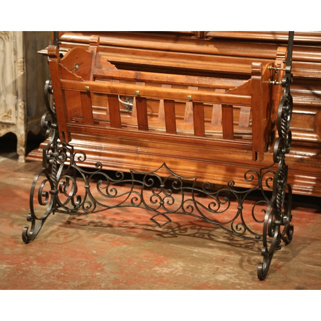 19th Century French Napoleon III Walnut and Iron Baby Craddle With Canopy For Sale In Dallas - Image 6 of 9