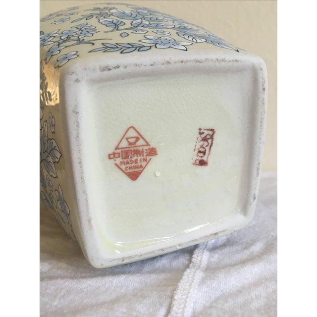 Tall Vintage White & Blue Floral Oriental Vase - Image 7 of 8