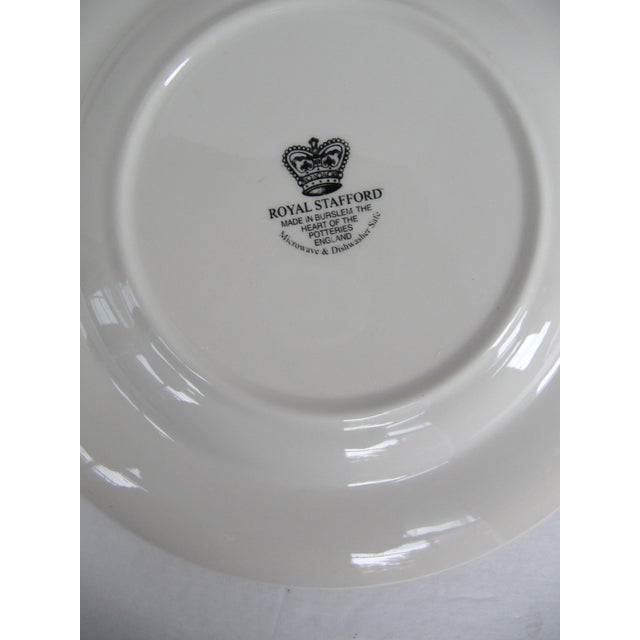 Americana English Christmas Plates- 2 Pieces For Sale - Image 3 of 4