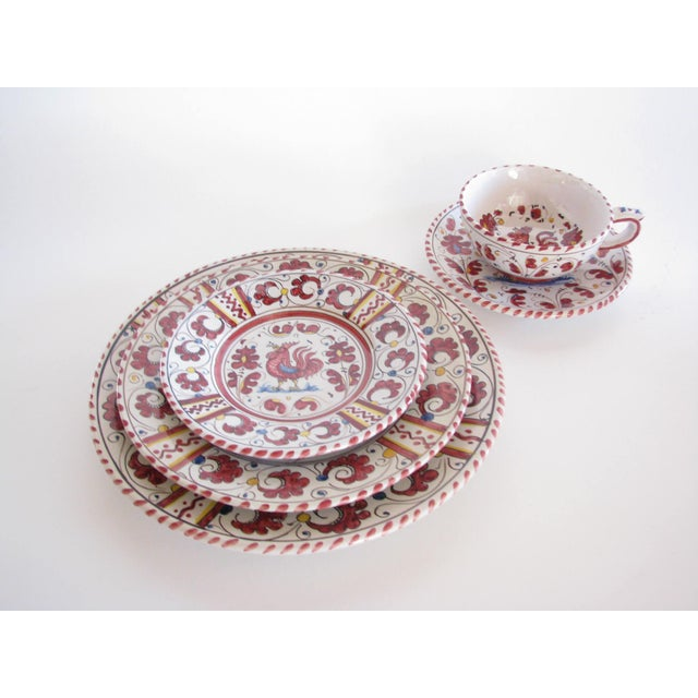 Deruta Vintage Pv Italy Orvieto Red Rooster 10 Place Settings Dinnerware Set - 70 Pieces For Sale - Image 4 of 13