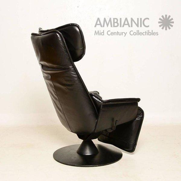 Modern Contura Zero Gravity Recliner Chair by Modi, Hjellegjerde For Sale - Image 3 of 9