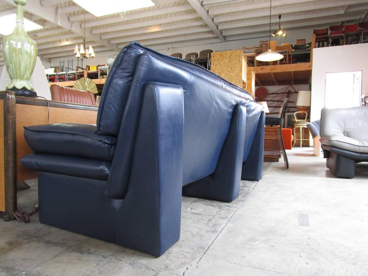 Navy Blue Leather Sofa By Nicoletti Salotti   Image 2 Of 6