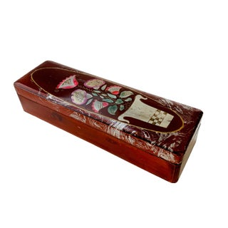 Vintage Lacquer Gloves Jewelry Box Hand Painted For Sale