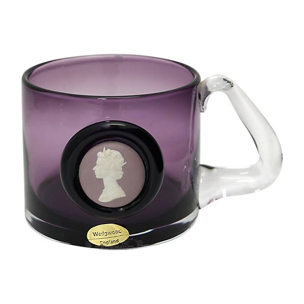 1977 Wedgwood Queen Elizabeth Silver Jubilee Mug For Sale