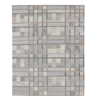 Modern Scandinavian Flat-Weave Rug in Soft Colors and Neutral Tones For Sale
