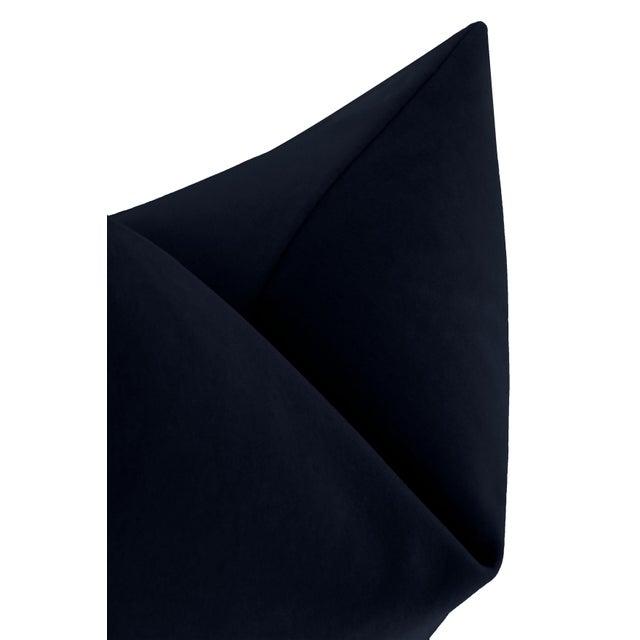 """22"""" Navy Blue Italian Velvet Pillows - a Pair For Sale - Image 4 of 5"""