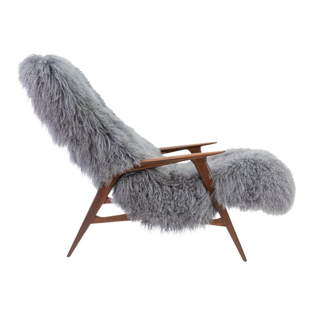 Jio Mobler Siesta Chair in Mongolian Sheepskin For Sale