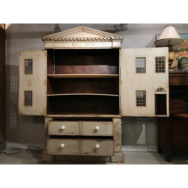 1970s Large Georgian Style Armoire by j.r. Teale and Son For Sale - Image 5 of 6