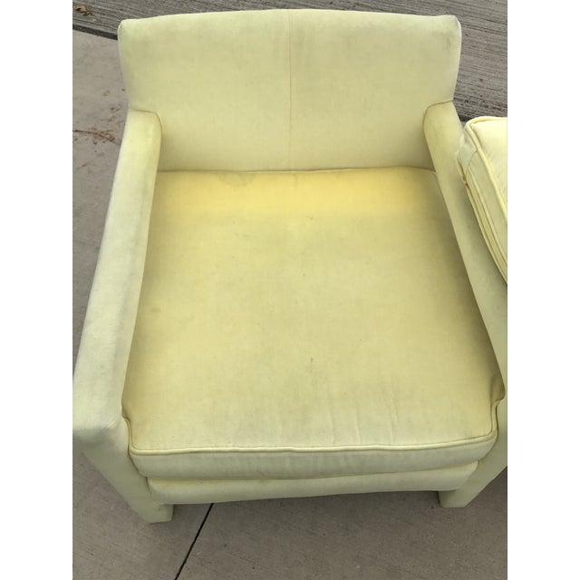 1980s Vintage Yellow Velvet Milo Baughman Style Parsons Open Arm Club Chairs- A Pair For Sale - Image 9 of 12