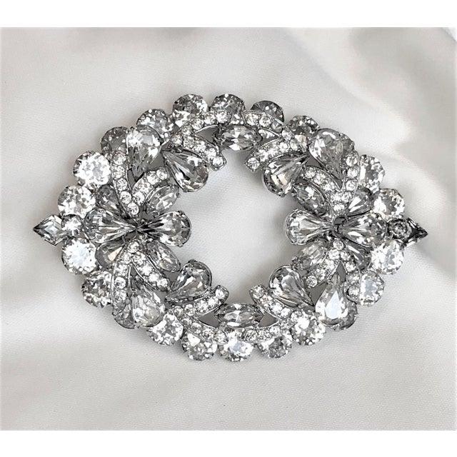 Metal 1960s Eisenberg Large Faceted Crystal Brooch For Sale - Image 7 of 9