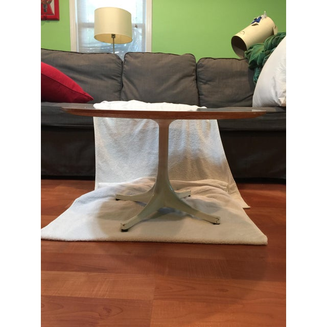 George Nelson Pedestal Table - Image 3 of 10