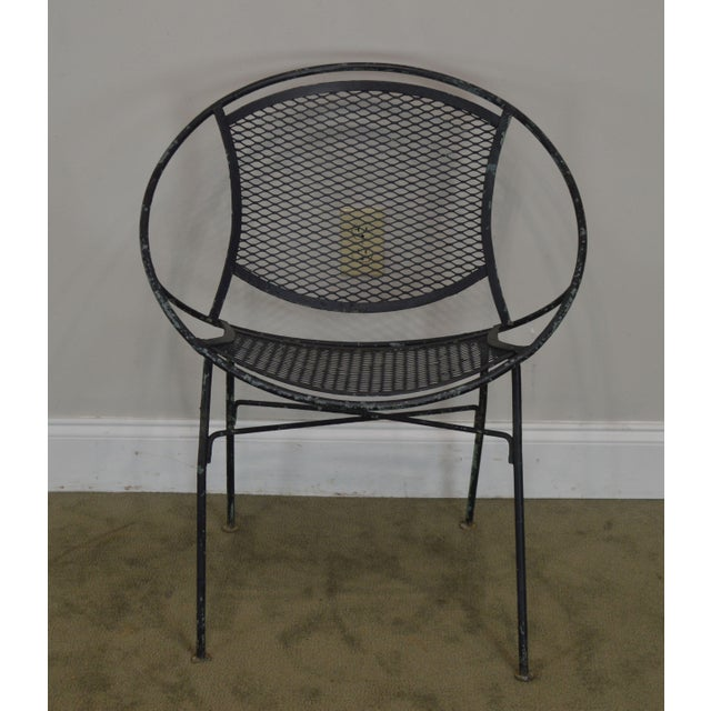 """Traditional Salterini Vintage 1960's Wrought Iron """"Radar"""" Patio Lounge Chair For Sale - Image 3 of 13"""