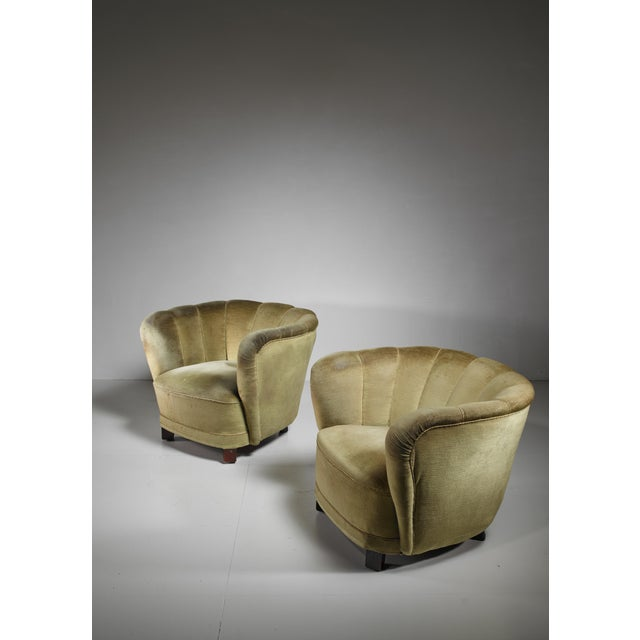 1940s Pair of Club Chairs with Green Velour Upholstery, Denmark, 1940s For Sale - Image 5 of 5