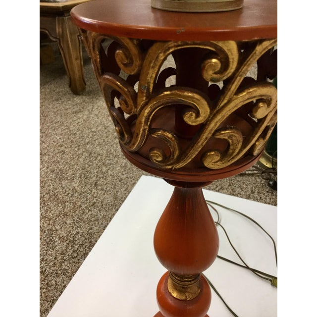 1940s Tall Hollywood Regency Deep Coral & Gold Table Lamp For Sale - Image 10 of 13