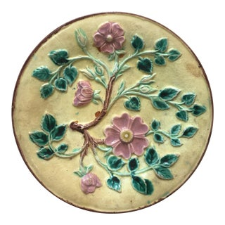 1880s English Majolica Victorian Flowers Plate For Sale