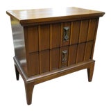 Image of 1960s Mid Century Modern Walnut Side Table/Nightstand For Sale
